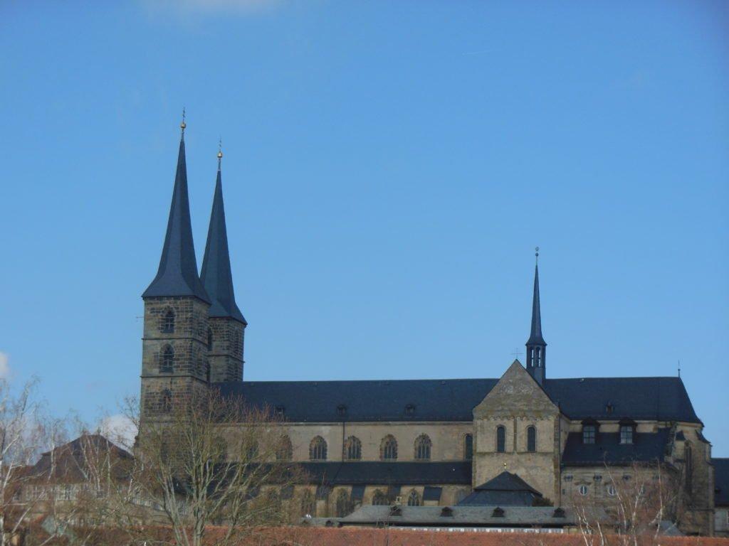 Blick auf die Klosterkirche Mich(a)elsberg