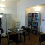 Essbereich der Küche der Jugendherberge in Oban