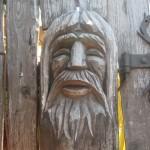 Holzkopf geschnitzt
