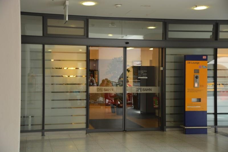 Bild vom Eingang der DB Bahn Lounge in Nürnberg