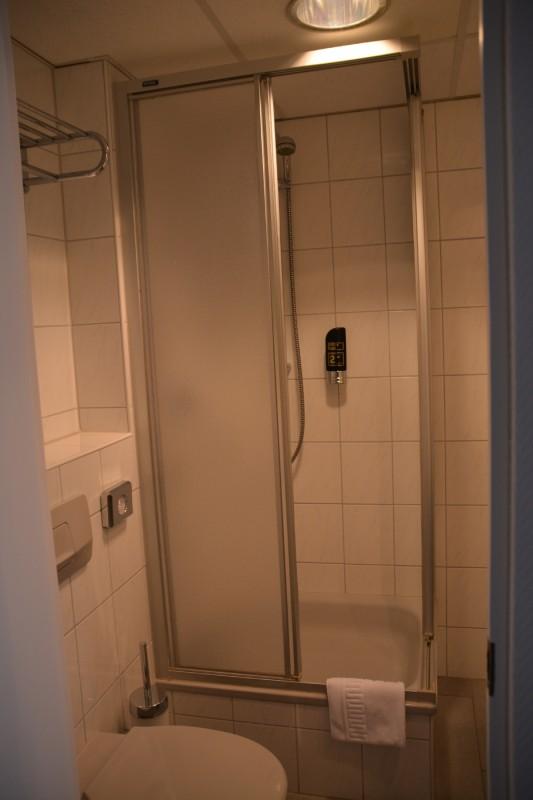 Dusche im Senats Hotel Köln