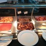 Frühstücksbuffet im Lindern Dom Residence Hotel Köln