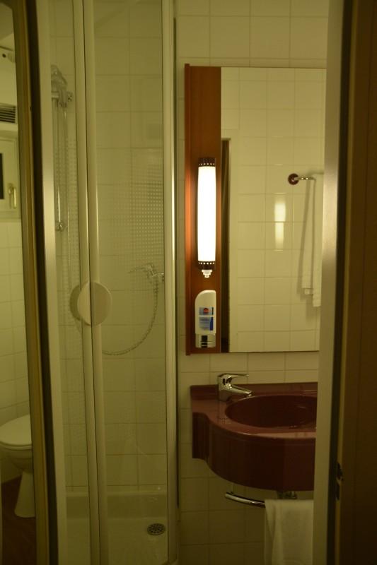 Bad im Star Inn Hotel Regensburg Zentrum