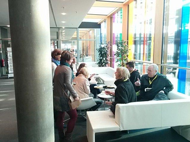 Langsam trudeln die Blogger auf dem Bloggertreffen auf der CMT 2014 ein im Pressezentrum