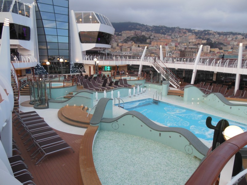 Pools auf der MSC Preziosa