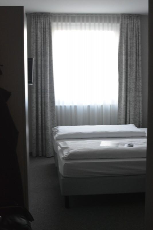 Blick ins Zimmer im Acomhotel Nürnberg