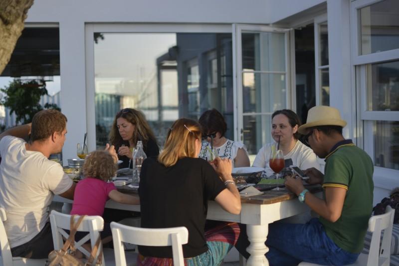 Blogger  lernen sich im Mare in Cesenatico kennen