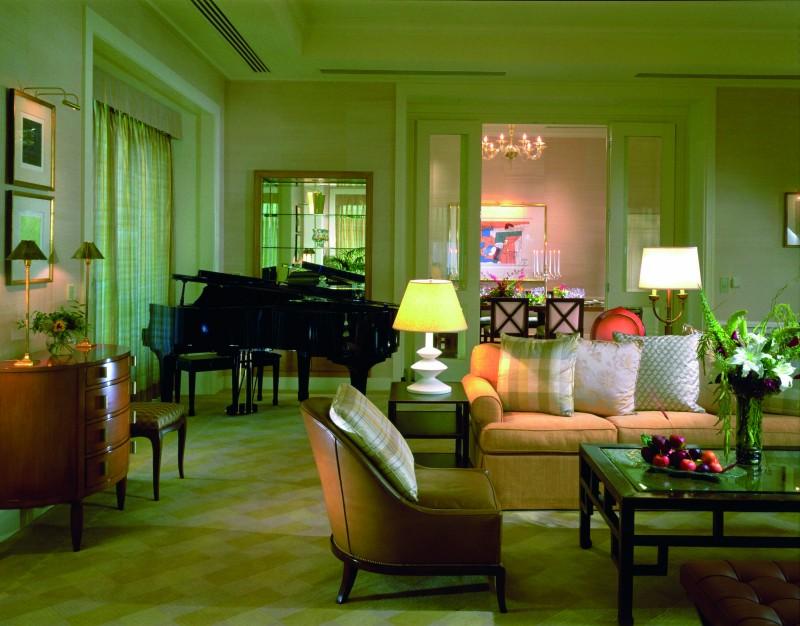 Wohnzimmer der Peninsula Suite