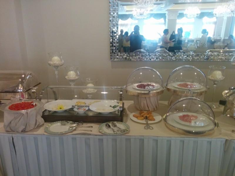 Frühstücksbuffet Teil 1 im Grand Hotel da Vinci Cesenatico