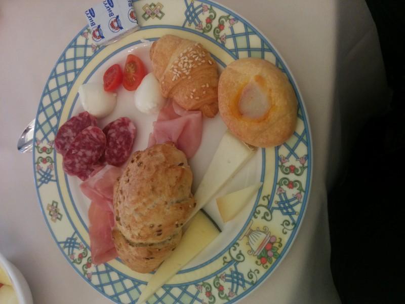 Erster Teil meines Frühstücks im Grand Hotel da Vinci Cesenatico