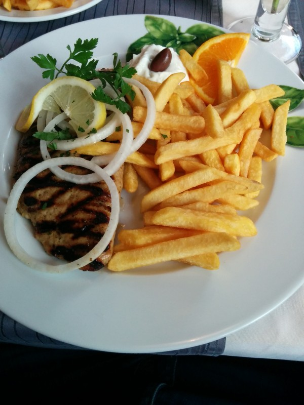 Bifteki im Restaurant Pegasos in Hachenburg