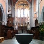 Westerwaldsteig Etappe 9: Blick in die Klosterkirche Marienstatt