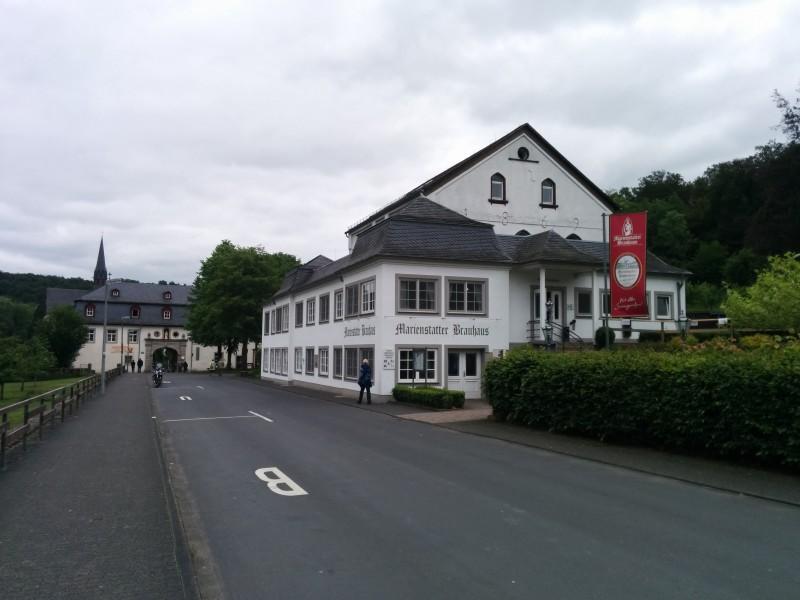 Westerwaldsteig Etappe 9: Brauhaus des Klosters Marienstatt