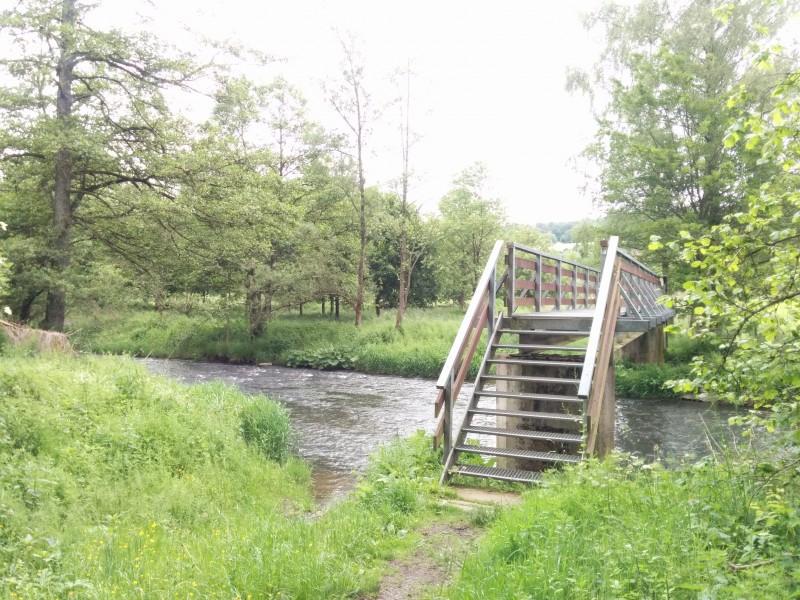 Westerwaldsteig Etappe 9: Brücke über die Nister