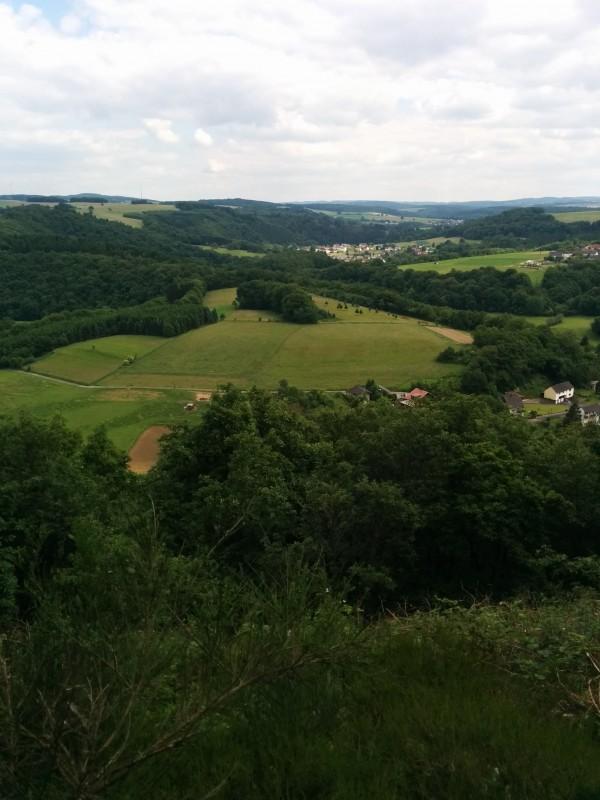 Westerwald Etappe 10: Ausblick vom Sonnenberg