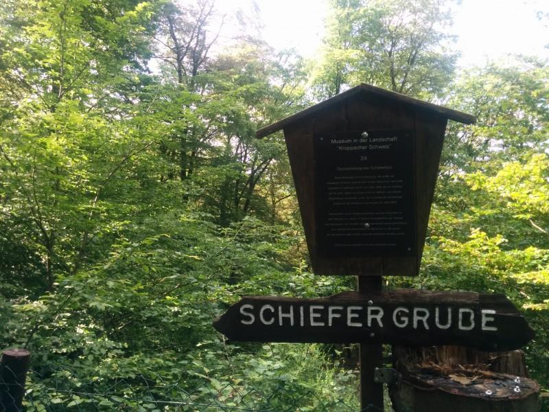 Westerwaldsteig Etappe 10: Schild an der Schiefergrube