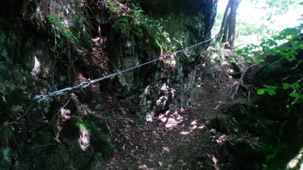 Westerwaldsteig Etappe 10: Gesicherte Stelle auf dem Weltendepfad