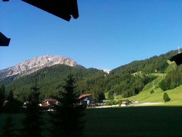 Blick vom Balkon des Hotels Stillachtal zur Fellhornbahn