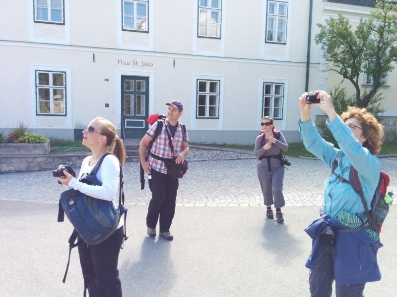 Reiseblogger bei der Arbeit auf der Via Sacra in Gaaden