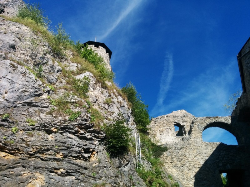 Weg zum Turm