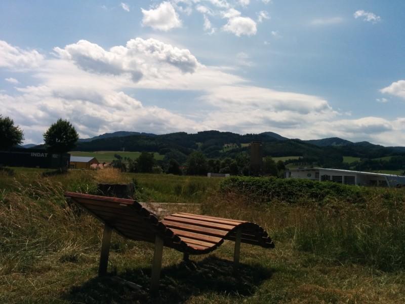 Liegestuhl an Strecke zwischen Hainfeld und Wiesenfeld - Pilgern auf der Via Sacra