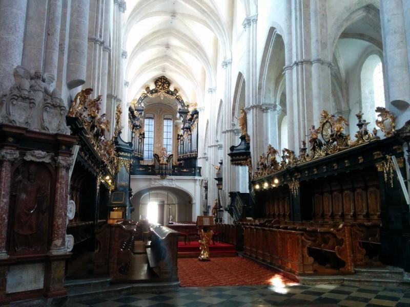 Blick in das Chorgestühl in der Stiftkirche Lilienfeld