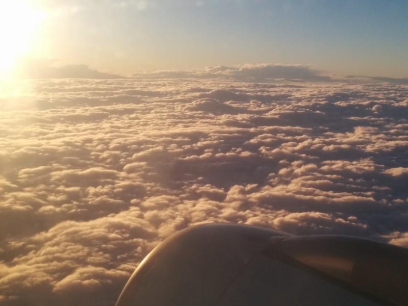 Wolkenmeer mit Sonnenschein