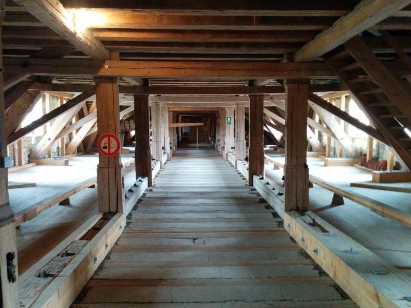 Dachstuhl über dem Ritterssaal im Schloß Weikersheim