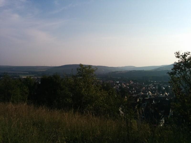 Aussicht oberhalb Laudas auf dem Jakobsweg