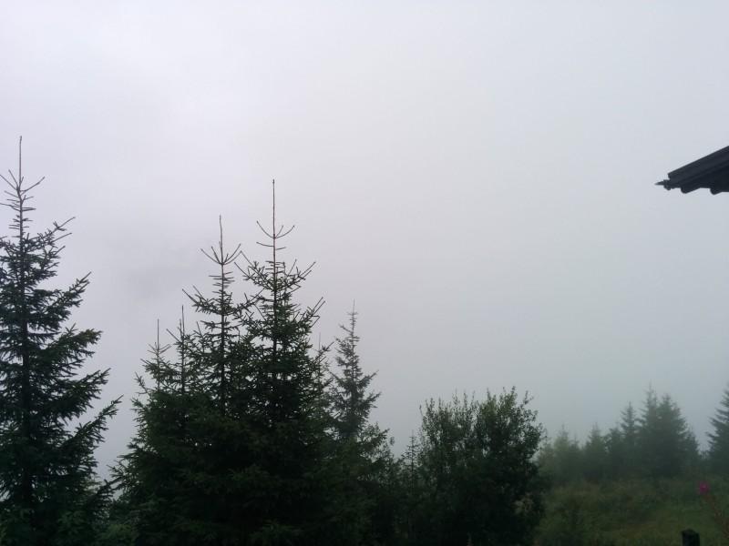 """""""Blick"""" von der Bergstation Maiskogel... nichts als Nebel Richtung Kaprun"""
