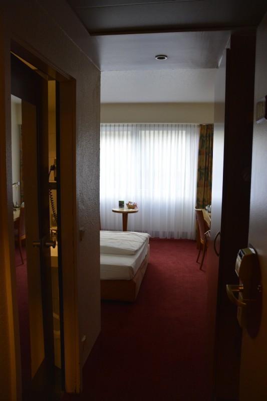 Blick ins Zimmer des Mercure Saarbrücken City