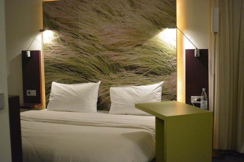 Queen-Size Bett im Hotel ibis Styles Hamburg Alster City