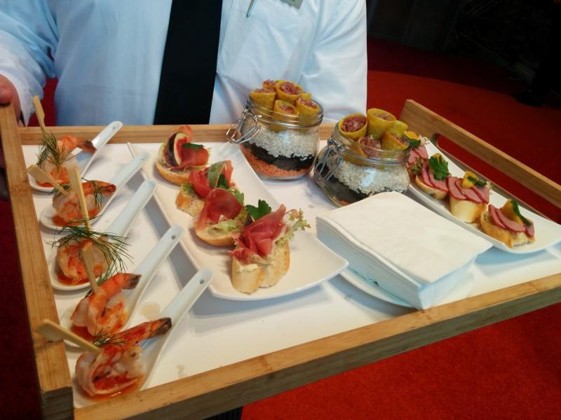OOAAARRRR - leckeres Fingerfood zu Beginn unserer Veranstaltung im Radisson Blu Frankfurt