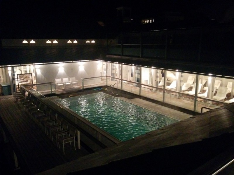 Pool! YEAH! YEAH! YEAH!
