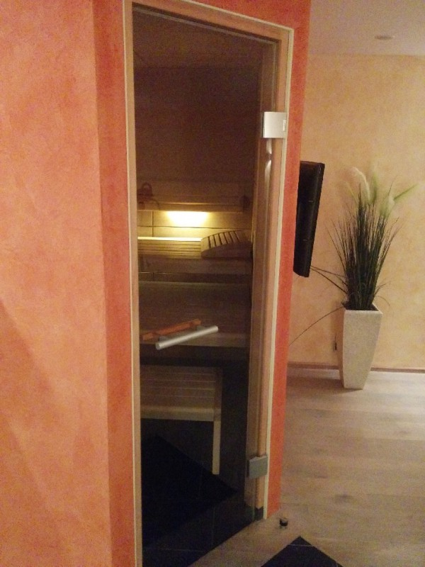 Sauna (da war jemand drin, daher nur angeschnitten ;))