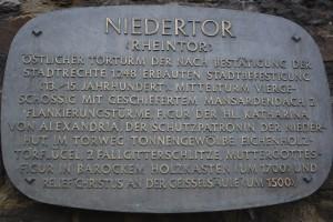 Beschriftung am Niedertor in Ahrweiler