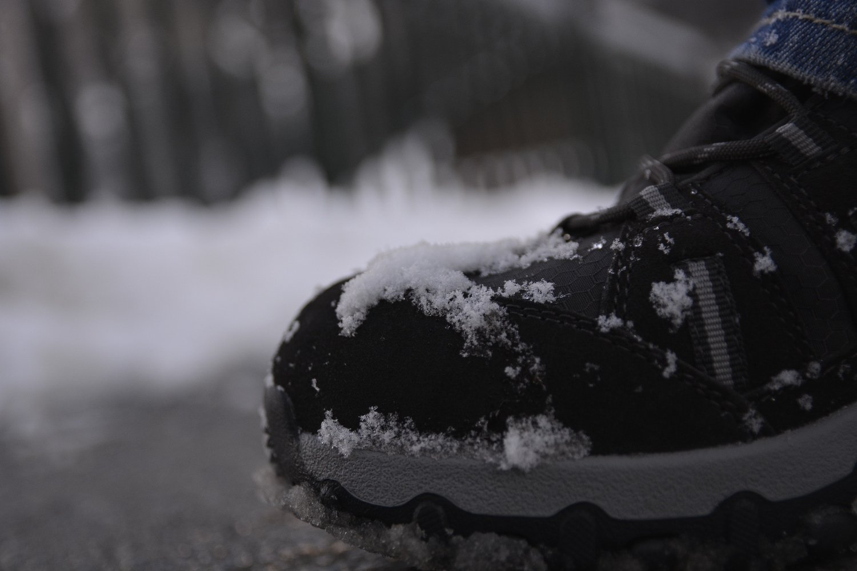 Schuh. Direkt von daneben ;)