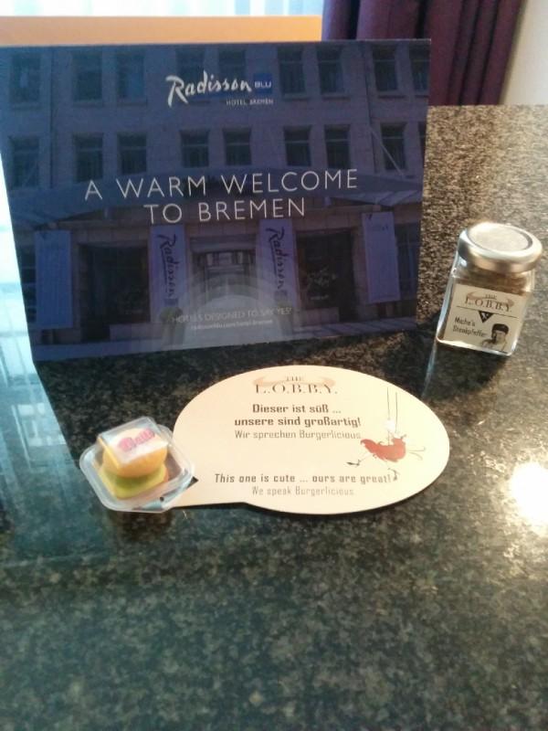 Begrüßung auf dem Zimmer des Hotels Radisson Blu Bremen