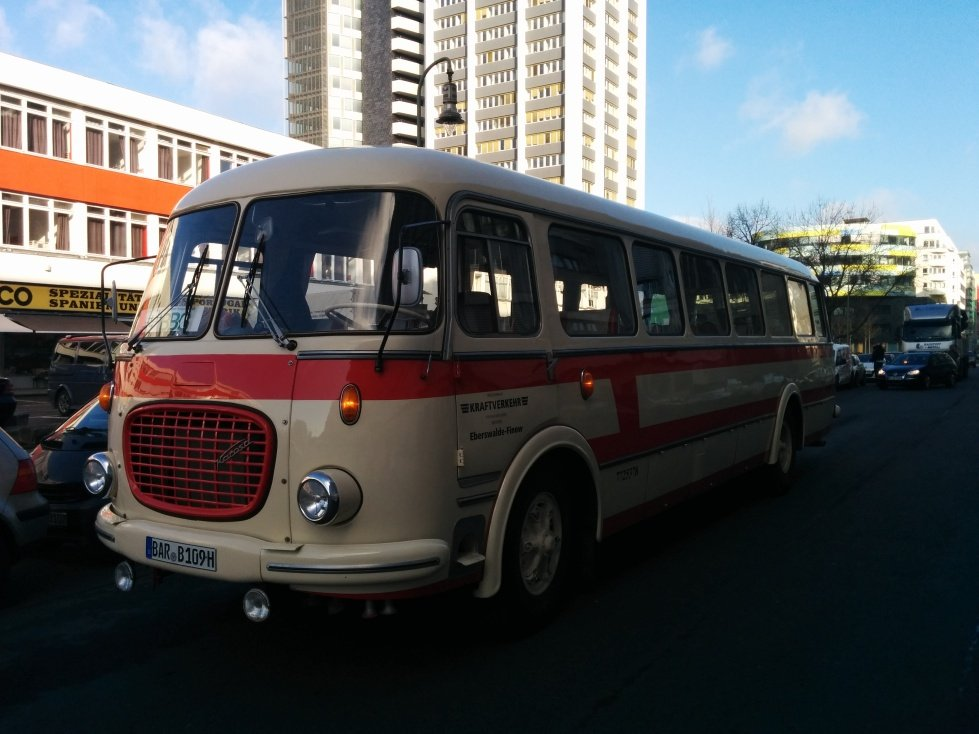 Der SEO Bus von Travelbook am 1. Tag der ITB 2015