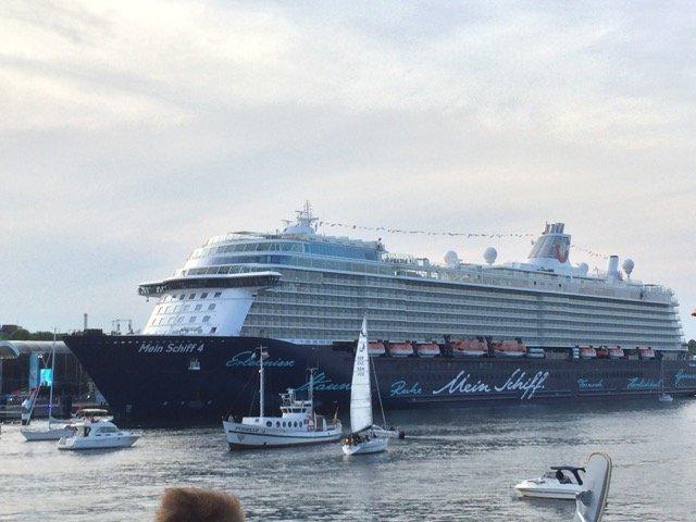 Die Mein Schiff 4 in Kiel