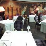 Ein Blick ins Restaurant Alcron - hier wird auf Sterneniveau in Prag gekocht