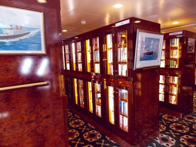 Queen Mary 2 Bibliothek