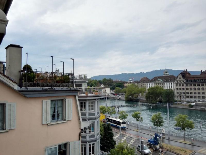 Blick Richtung Zürichsee (nicht zu sehen)