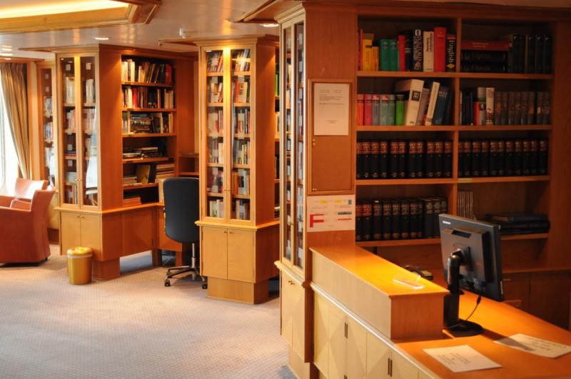 Die gut sortierte Bibliothek