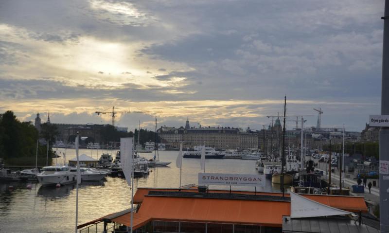 Das Cafe / Sea Club Strandbryggan von hinten mit Blick in Richtung Nybroviken Stockholm