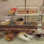 Brot und Flakes zum Frühstück im Hotel Anna Helsinki