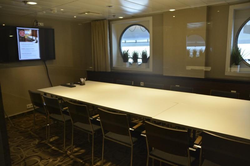 Konferenzraum / Meetingroom an Bord der M/S Superstar