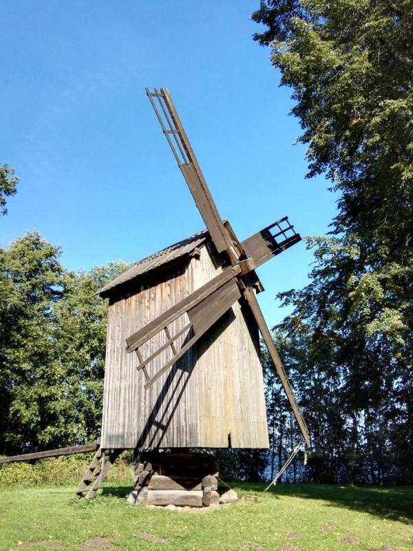 Bockwindmühle, ca. 1860, von der Insel Hiiumaa