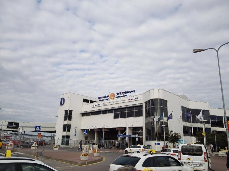 Das Terminal von Tallink Silja im Hafenvon Tallinn