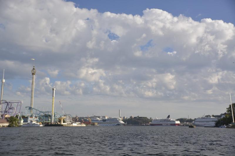 Der Blick in Richtung Tivoli Gröna Lund und einige größere Schiffe